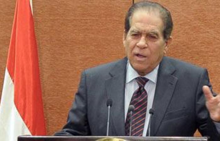 وفاة رئيس وزراء مصر الأسبق كمال الجنزوري والرئيس السيسي  ينعيه في تويتر وفيسبوك